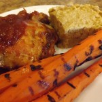 BBQ-chicken-cornbread-and-grilled-carrots