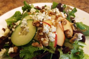 Pear Salad with Walnuts and Bleu Cheese
